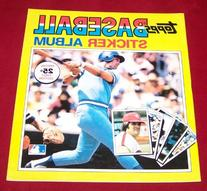 1981 Topps Baseball Stickers Yearbook Album - George Brett