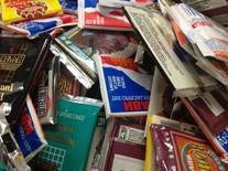 300 Vintage NBA Basketball Cards in Old Sealed Wax Packs -