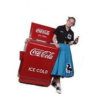 Classic Coca-Cola Refrigerated Machine
