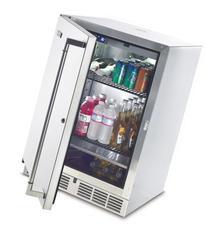 Lynx L24BF 5.5 Cubic Feet Outdoor Refrigerator/Kegerator, 24