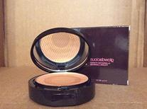 Avon Glowdacious Illuminating Powder Amped Up .40 Oz
