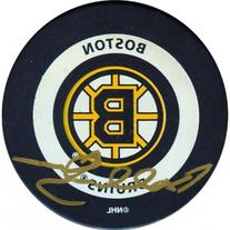 Bobby Orr Autographed Boston Bruins JSA Game Puck