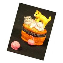 Cat Kittens Basket of Yarn Hinged Trinket Box