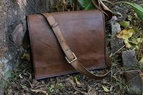 handolederco. Unisex Cross Shoulder Full Flap Laptop Leather