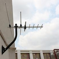 1byone 45 Miles Digital Attic / Outdoor HDTV Antenna with