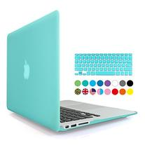 iBenzer Basic Soft-Touch Series Plastic Hard Case & Keyboard