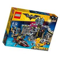The LEGO Batman Movie - Batcave Break-in 70909
