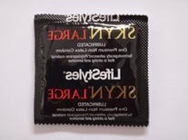 LifeStyles SKYN LARGE Condoms - 25 condoms