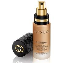 Gucci Makeup Gucci Lustrous Glow Foundation SPF 25