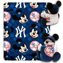 MLB New York Yankees Mickey Mouse Pillow with Fleece Throw