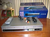 Sony SLV-D261P DVD Player Video Cassette Recorder Player