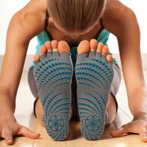 Gaiam Grippy Toeless Yoga Socks, Small/Medium, Heather Grey